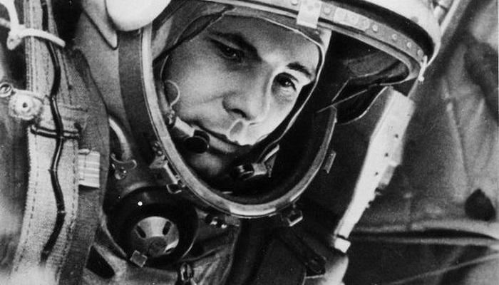 Юрий Гагарин: в космосе и на Земле (32 фото)