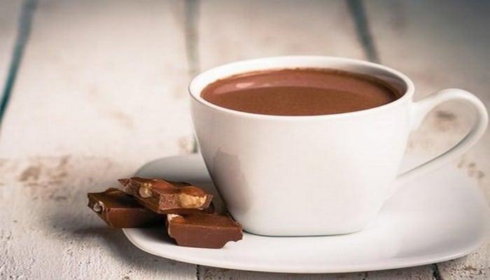Медики поведали о пользе ежедневной кружки шоколада