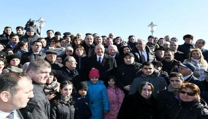 """Prezidentə yazırlar: """"Xalqımız Sizin yanınızdadır"""" - MƏKTUBLAR"""