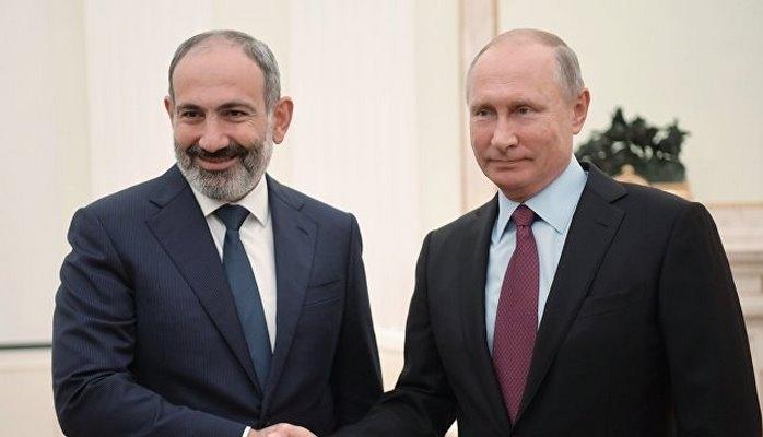 Путин и Пашинян коротко пообщались на полях саммита СНГ