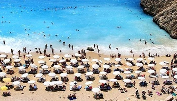 Kültür ve Turizm Bakanı: Türkiye'de 28 Mayıs gibi iç turizm hareketiyle turizm başlar
