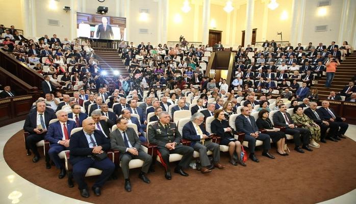 Görkəmli dilçi-alim Afad Qurbanovun 90 illik yubileyinə həsr olunan respublika elmi konfransı keçirilib
