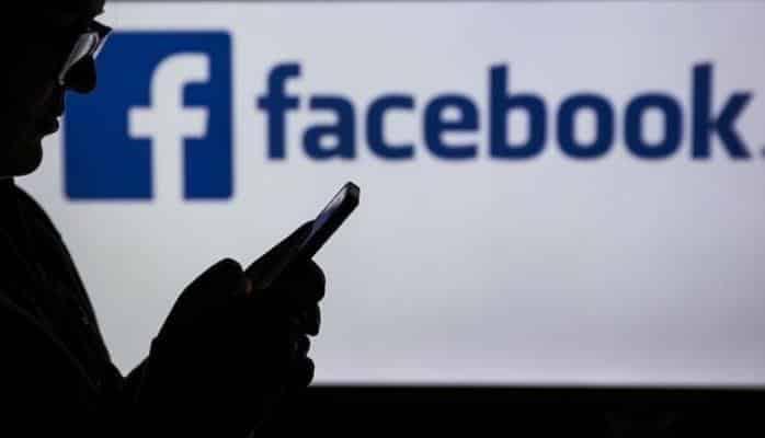 """""""Facebook"""" vasitəsilə yemək sifariş etmək mümkün olacaq"""