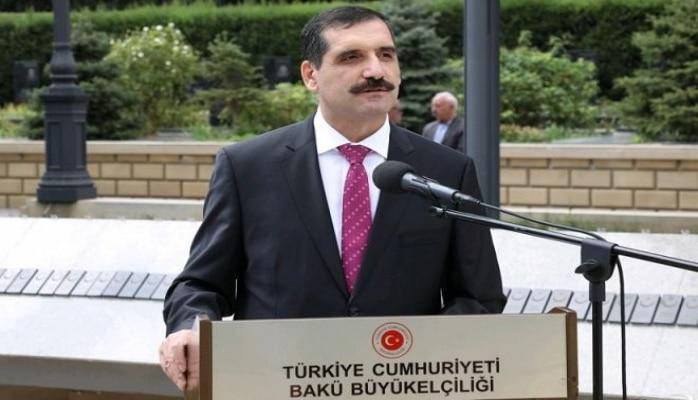 Türkiyə səfiri Bakıda ağac əkdi