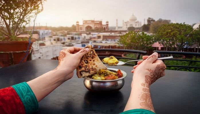 Hindistan'da Ne Yenir: Geleneksel Hint Yemekleri
