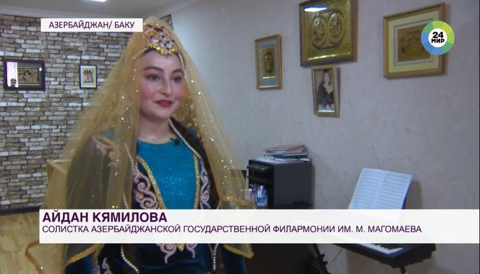 В Азербайджане местные телеканалы транслируют уроки популярных танцовщиков