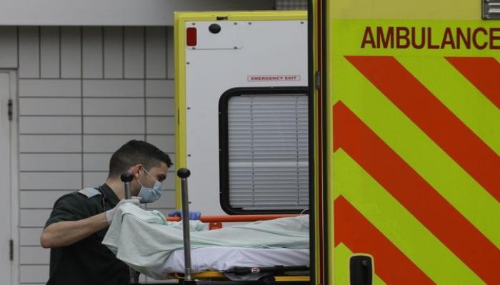 Britaniyada bir gündə koronavirusdan 324 nəfər ölüb