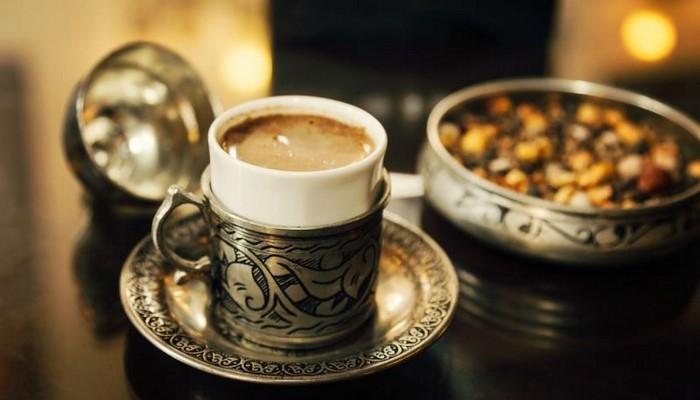 Menengiç kahvesinin ferahlatan aroması mest etmeye yetiyor! |Menengiç kahvesinin faydaları