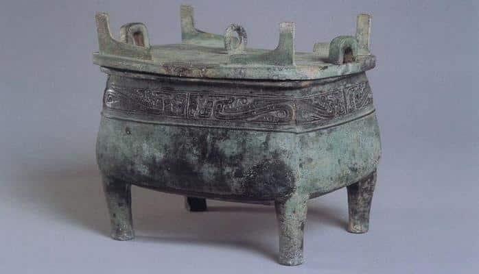 В Китае археологи нашли гробницу обезглавленной 13 500 лет назад девушки