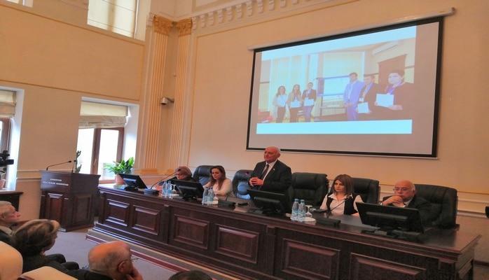 В Институте истории состоялась научная конференция, посвященная 100-летию БГУ