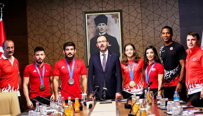 Spor Bakanı Kasapoğlu: Amacımız Türkiye'nin bir spor ülkesi olması