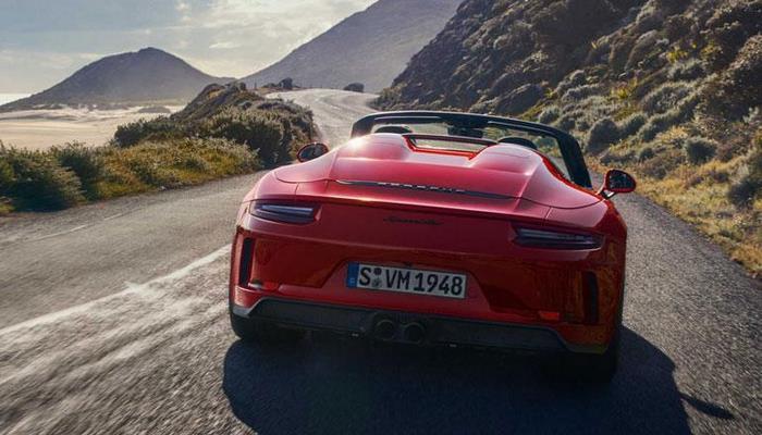 Porsche провёл дебютный показ серийного 911 Speedster