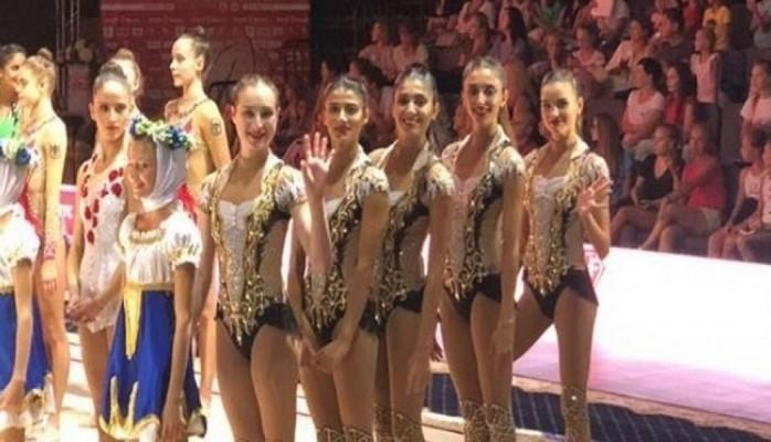 Азербайджанские гимнастки выступят с мячом во второй день чемпионата мира
