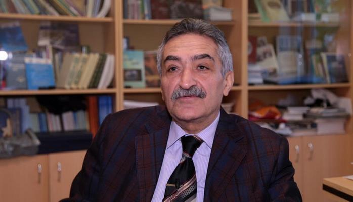 Азербайджан и Россия могли бы помочь с развитием детской литературы – интервью Рафига Новрузова