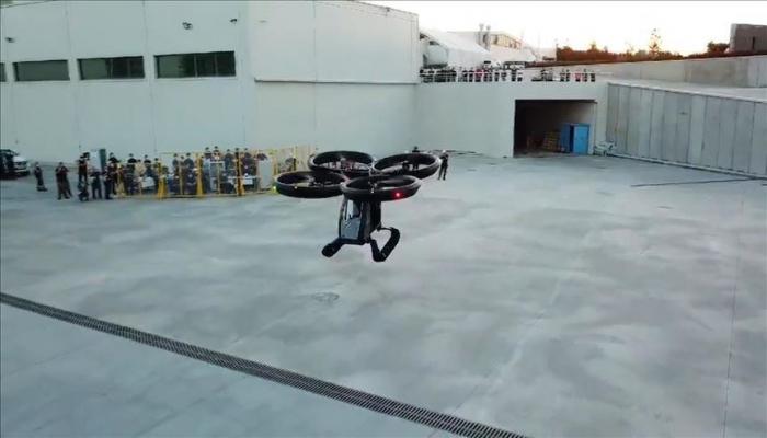 В Турции испытали летающий автомобиль