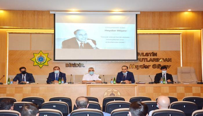ГТК Азербайджана провел встречу с компаниями, занятыми в сфере курьерских и почтовых доставок