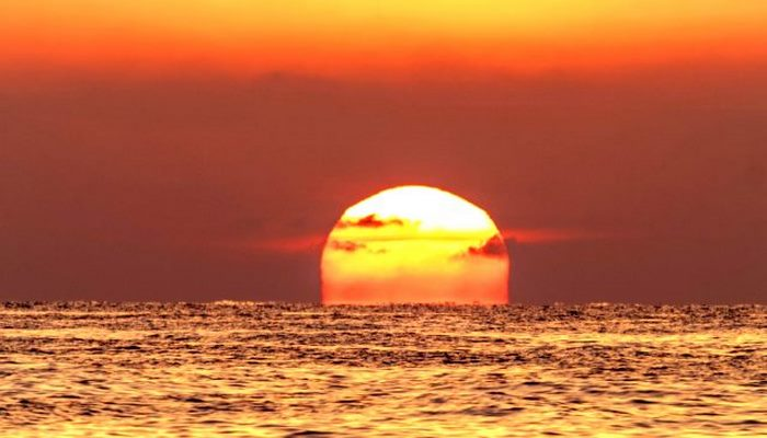 Güneş batarken ve doğarken neden kırmızı görünür?
