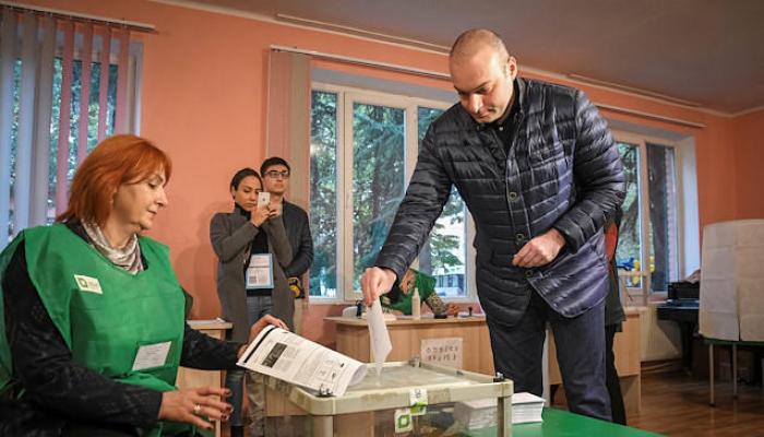 Gürcüstanda parlament seçkilərinin vaxtı açıqlandı