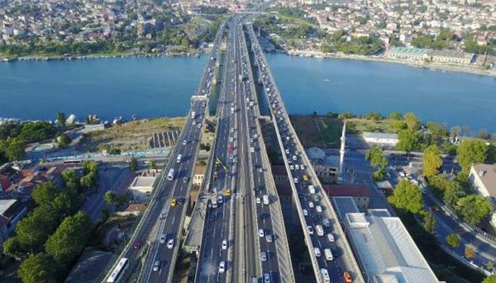 Haliç Köprüsü'ndeki ikinci etap çalışmaları trafiği kilitledi