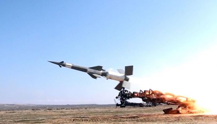 Средства ПВО Сирии отражают ракетную атаку к востоку от Алеппо