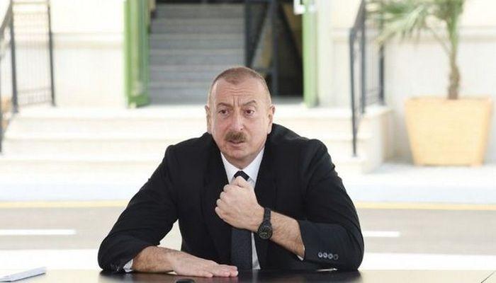 """İlham Əliyev Balakəndə """"ASAN xidmət""""in açılışında"""