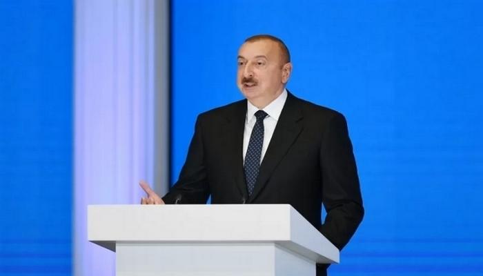 İlham Əliyev dövlət və hökumət başçılarının toplantısında çıxış edib