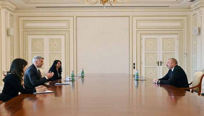 İlham Əliyev Dünya Bankının regional direktorunu qəbul edib