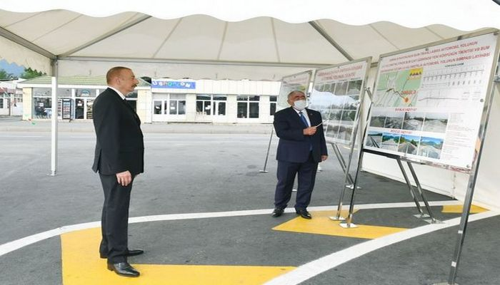 İlham Əliyev Əmirvan-Vəndam avtomobil yolunun açılışında iştirak edib