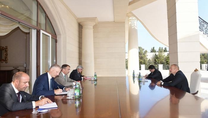 """İlham Əliyev: """"Minsk qrupunun həmsədrləri erməniləri dayandırmır"""""""