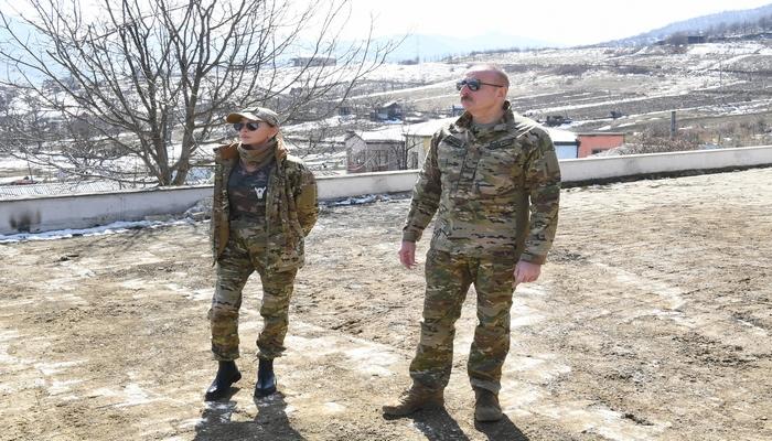 İlham Əliyev və Mehriban Əliyeva Şuşaya gedir
