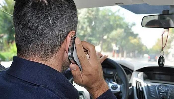 İngiltere'de trafikte telefon kullananlar için flaş karar