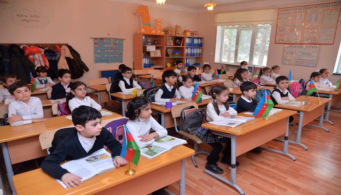 Институт образования Азербайджана выдвинул предложения по возобновлению работы  школ