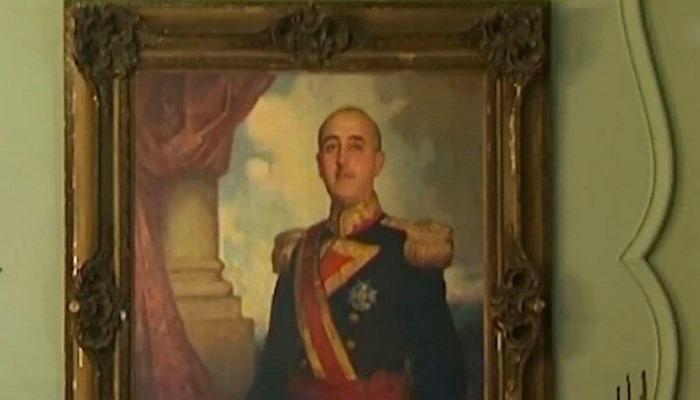 İspan diktatorunun ailəsini qaladan çıxarırlar