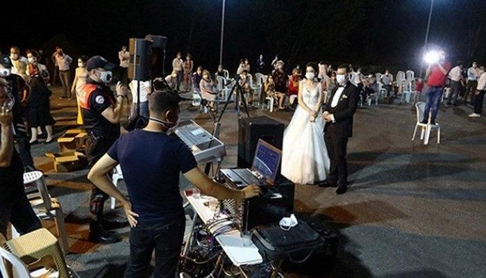 İzmir'de düğünlere corona virüsü ayarı!