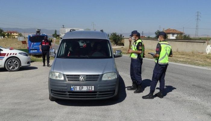 Jandarma ekiplerinden helikopter ile hava destekli trafik denedimi