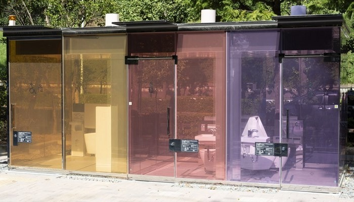Japonya'da şeffaf tuvalet kabini uygulaması