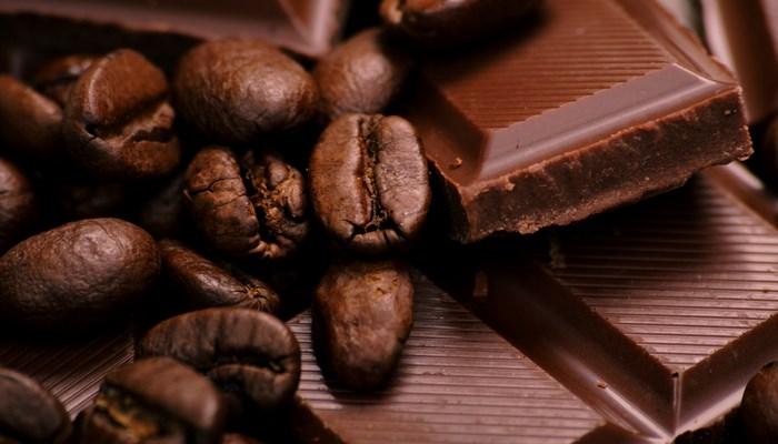 Kardioloqlar həftədə  azı bir dəfə şokolad yeməyə çağırır