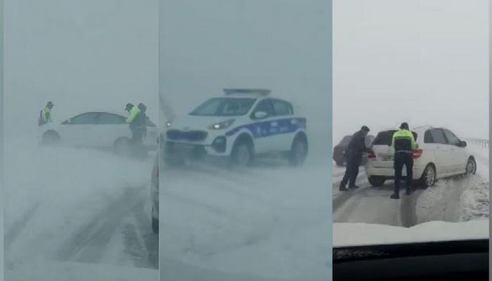 Kəskin hava şəraiti Bakı-Şamaxı yolunda ciddi çətinliklər yaradıb