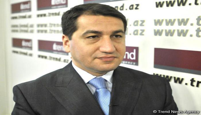 Хикмет Гаджиев принял участие в дебатах с бывшим дипломатическим советником Пашиняна