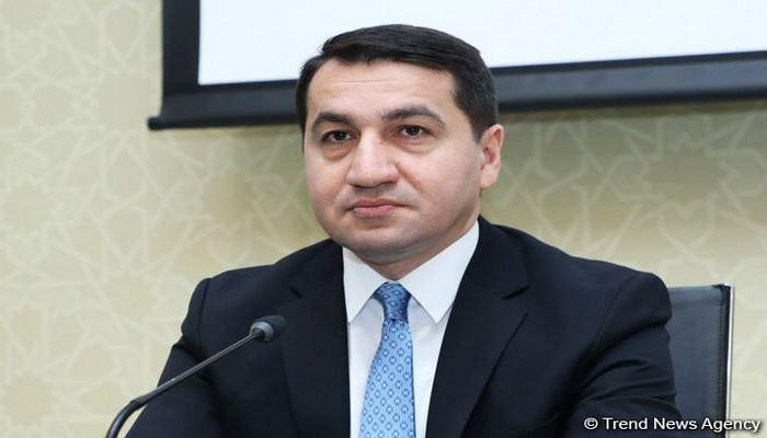 Хикмет Гаджиев: В течение следующей недели будет продолжена доставка граждан Азербайджана из зарубежных стран