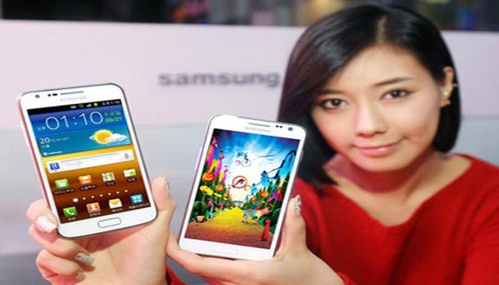 Koreyalılar smartfonlarında sürücülük vəsiqəsi ala biləcəklər