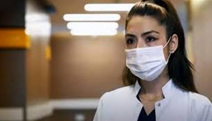 Koronavirüse yakalanan hemşire, görme, tat alma ve koku alma duyularını kaybetti: Yaşamamak gibi bir şey