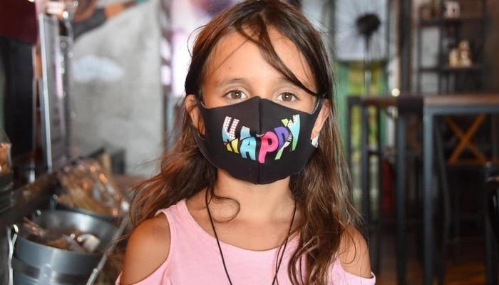 Kumaş ve boyalı maskeler alerjiye sebep olabilir