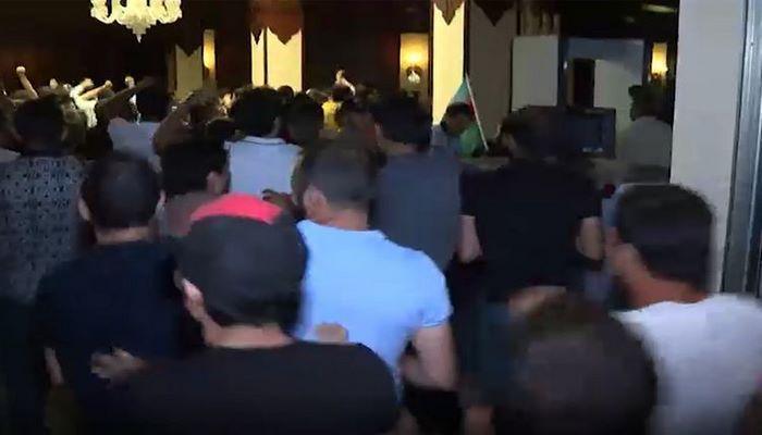 Ложный патриотизм: Вражеские окопы не в здании парламента