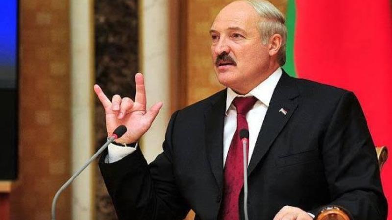 Lukaşenko Belarusu tərk edib? - Özü açıqladı