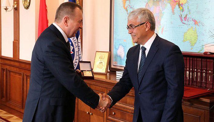 """Lukaşenkodan fərman: Azərbaycanlı iş adamı """"Şərəf"""" ordeni ilə təltif edildi"""