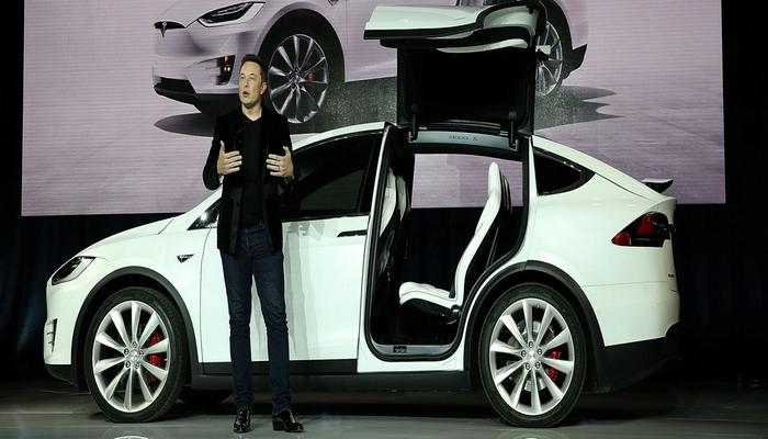Mask Teslanın özünün  sığorta şirkətinin fəaliyyətə başladığını elan etdi