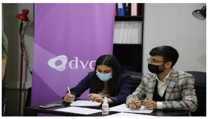 Международные тренинги по дебатам и разъединениям и дискуссии проводились для карабахской молодежи