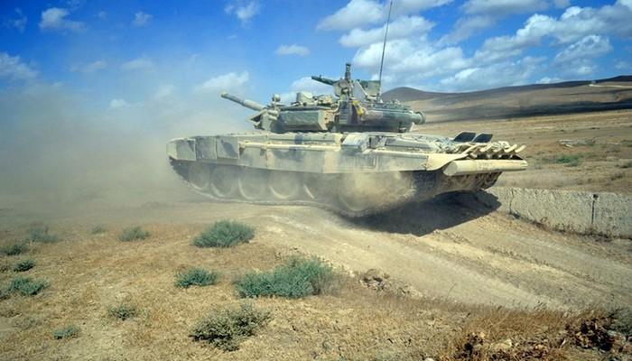 MN: Düşmənin daha bir tankı məhv edildi