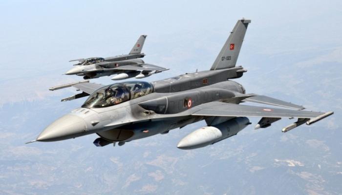 Türkiyə F-16-larının Gəncə üzərində uçuşu erməniləri PANİKAYA salıb